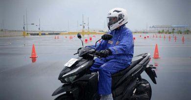Jangan Asal Punya, 4 Pelindung Air Hujan Ini Wajib Dicermati Para Bikers