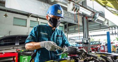 Suzuki Gratiskan Biaya Servis Kendaraan Konsumen Terdampak Banjir di Jabodetabek